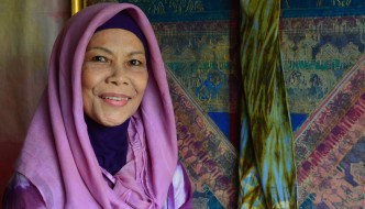 Malaysian textile artist Fatimah Chik innovates and inspires.